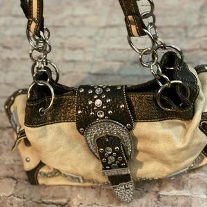 NWT Country Road Blinged Out Crystal Bag